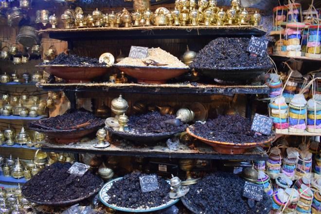 Marrocos Chefhaouen cidade azul especiarias