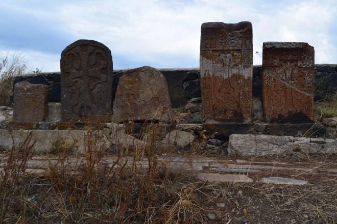 Armenia lago sevan monasterio medieval Sevanarank khachkars cruz armenia
