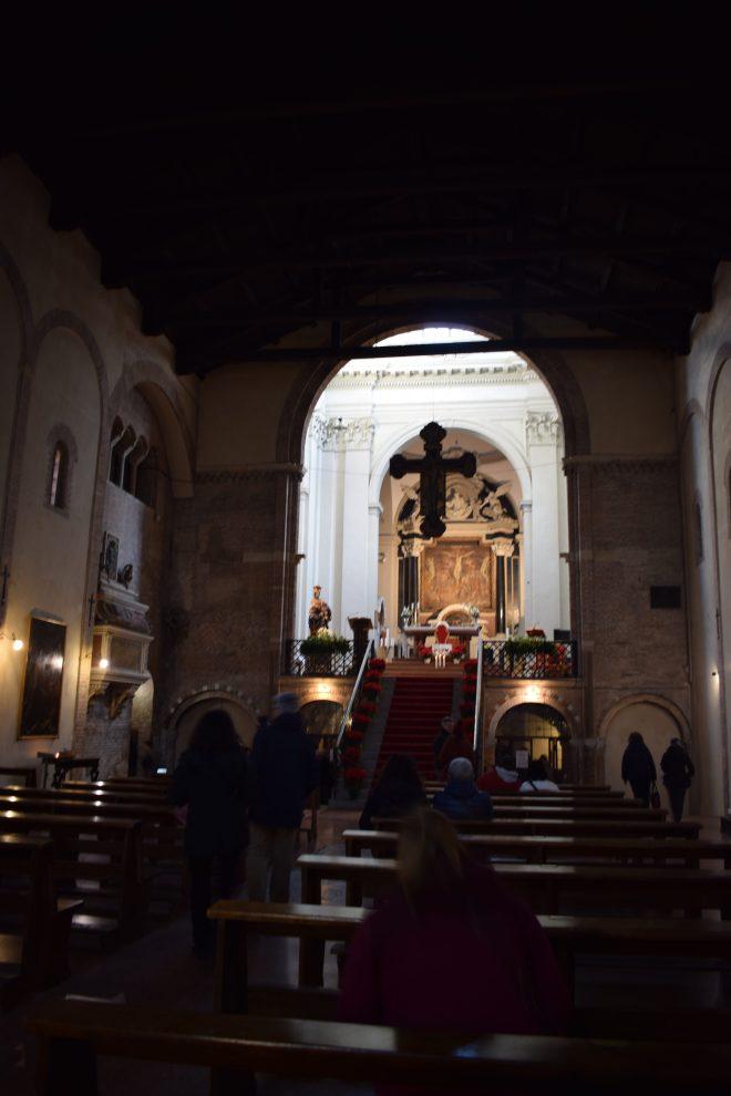 Bologna Sette chiese santo stefano igreja crucifixo