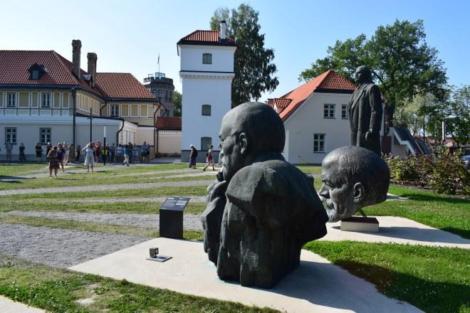 Tallinn estatuas sovieticas abandonadas 2