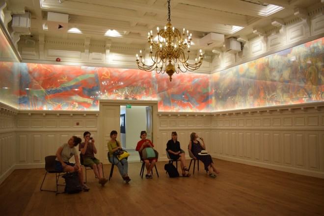 Tallinn museu nacional estoniano sala pinturas sovieticas