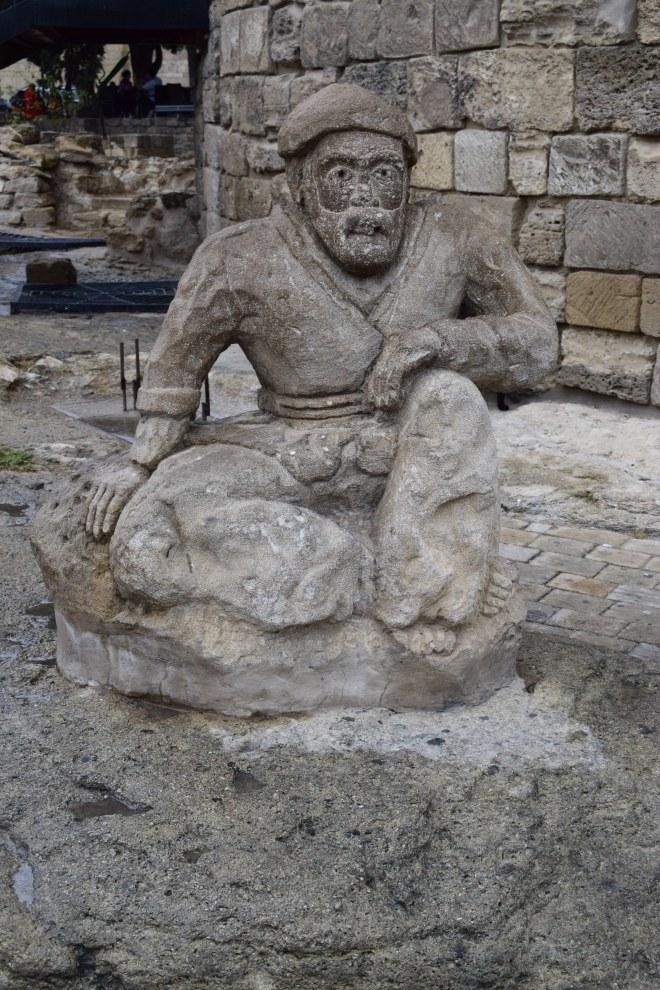 Baku centro historico estatua