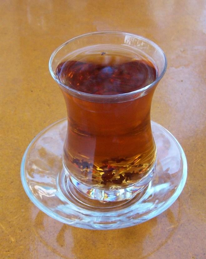 pratos típicos azerbaijão chá