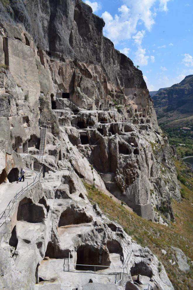 Vardzia monastério caverna vale 2
