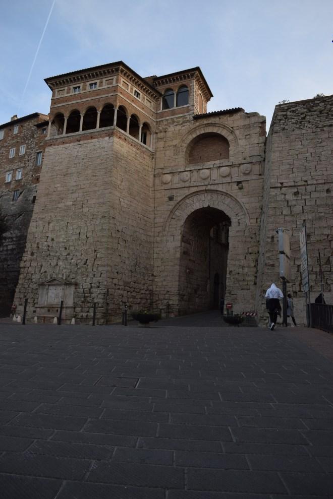 Perugia muros porta etrusca