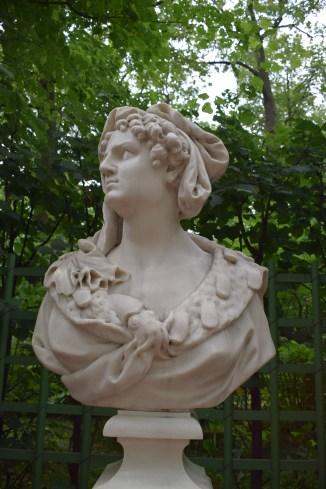 Russia Petersburgo parques jardim de verão busto