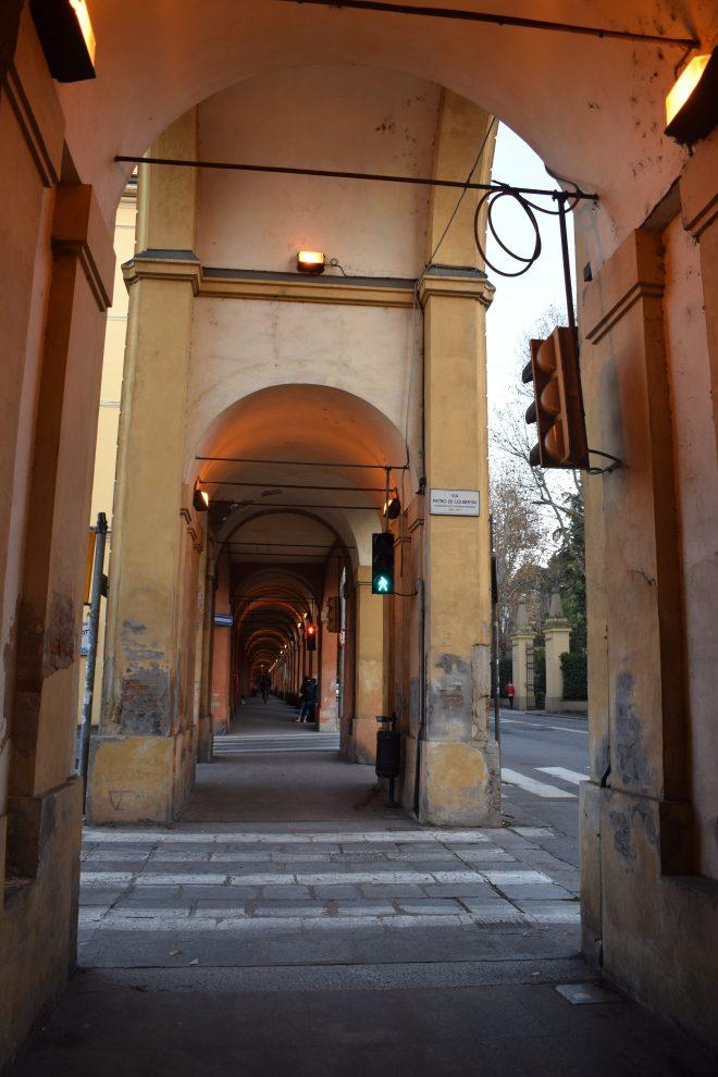 Bologna estrada porticos igreja san luca 6
