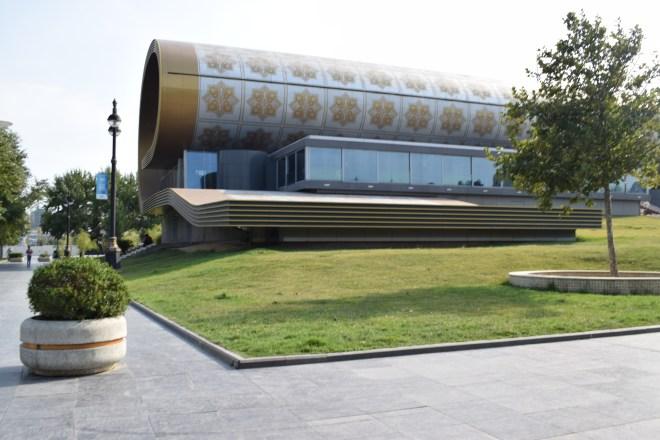 Baku moderna museu tapete exterior