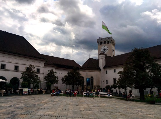 Dentro do Castelo - a torre Ljubljana