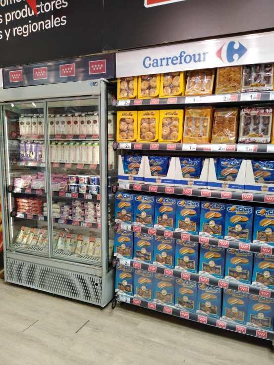 Carrefour 5 lácteos frescos y confitería