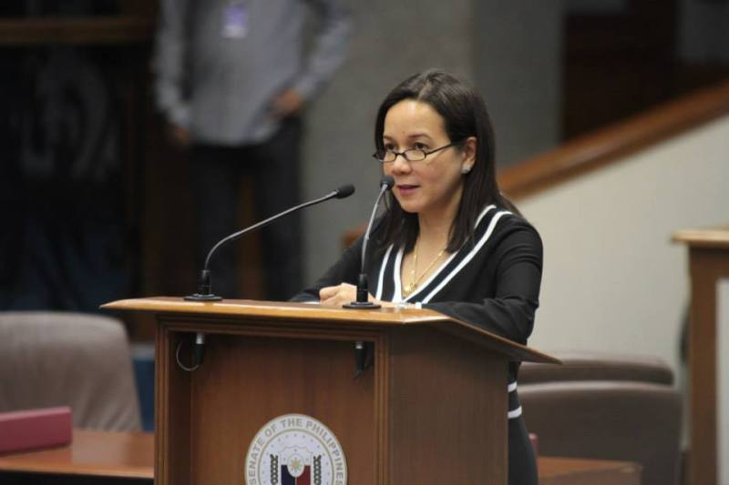 Grace_Poe_delivering_a_privilege_speech