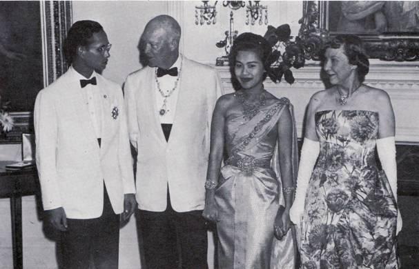 Eisenhower_Bhumibol.jpg
