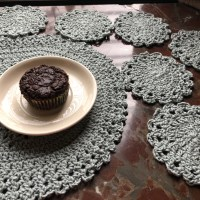 Lacy Placemat and Doily Coasters