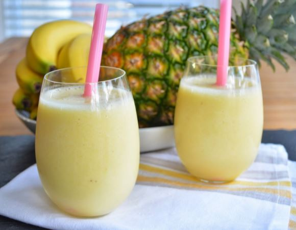 Pineapple smootie