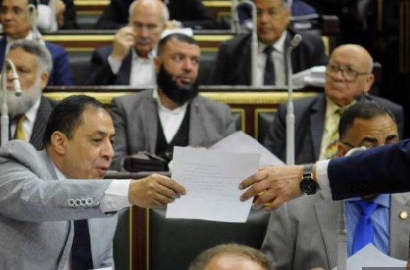 Egypt will hold a public referendum on constitutional amendments to keep President Sisi in office