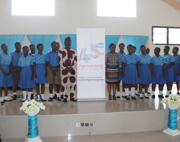 CEOs of TT Brothers, Mr. Isaac Tetteh and Kaysens Grande Hotel, Mrs Helena Gaisie Stephens with students of the Hermann Gmeiner School, Tema