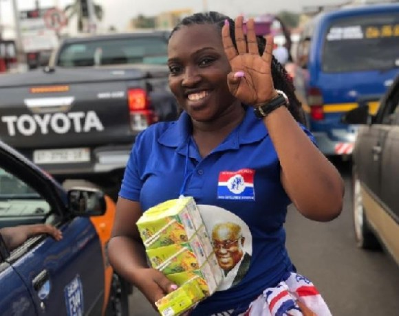 NPP ladies member distributes eku juice