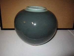 27 - Vase - H-7