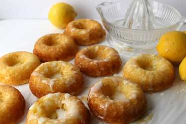 Lemon Donuts with Lemon Glaze