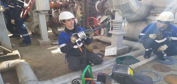Отключение восьми компаблоков от трубопровода спец инструментом