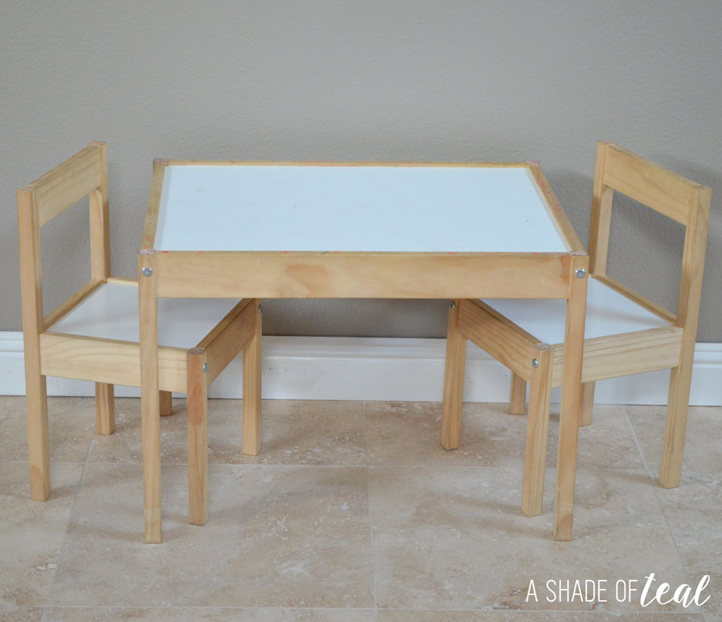 Ikea kids table and chairs - As