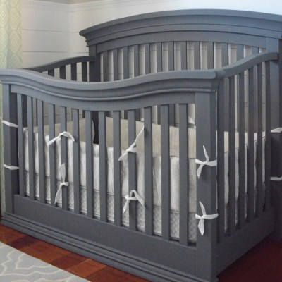 How to Chalk Paint a Crib!