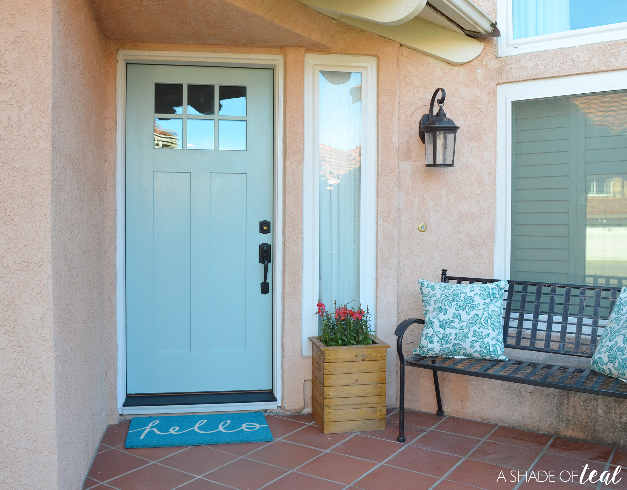 ... door with a NEW Therma-Tru Benchmark door exclusively available at Lowe\u0027s! Well I\u0027m so excited to share with you that it\u0027s finally here and installed! & Updating Curb Appeal with a New Front Door!