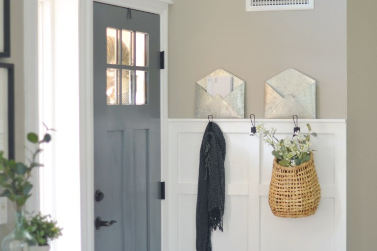 First Impressions, Creating a Simple Entryway!