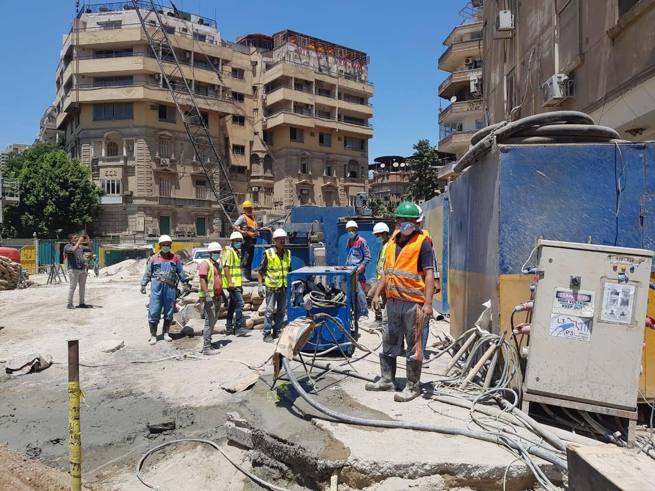 وزارة النقل تعلن استمرار تنفيذ أعمال استعادة كفاءة واصلاح عمارة الشربتلي