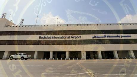 قصف صاروخي يستهدف معسكرا فيه قوات أمريكية بمطار بغداد الدولي
