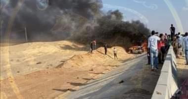 مصرع 3 أشخاص فى تفحم سيارة ملاكى بالقرب من ابو سلطان