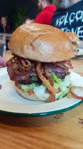 Bristol Asado El Rico Burger