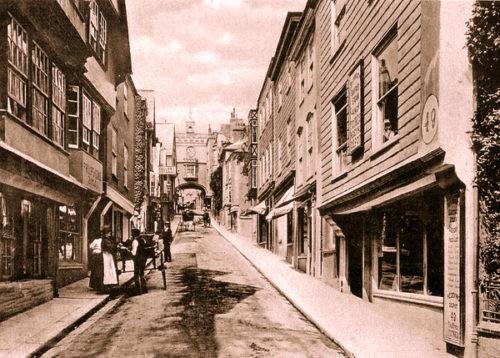 Totnes History