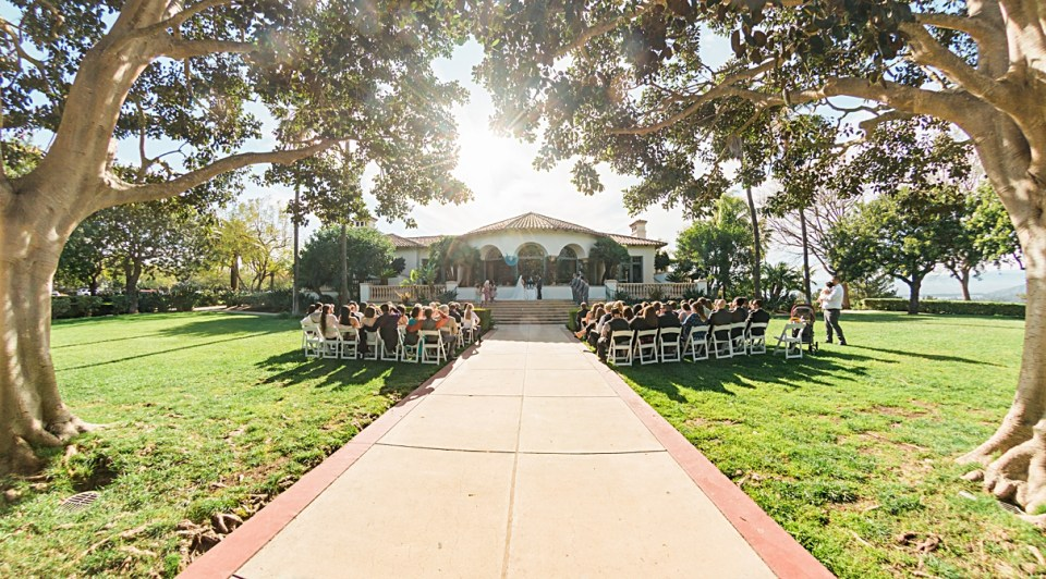 spanish hills country club outdoor wedding photo