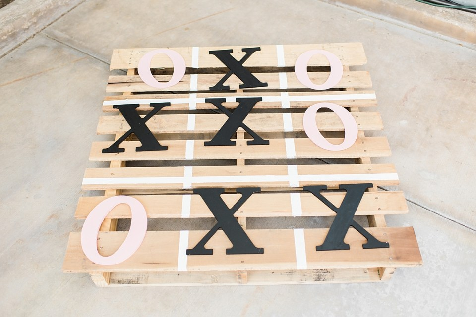 indio wedding photographer, palm springs wedding photographer, DIY games at weddings, tic tac toe pallet