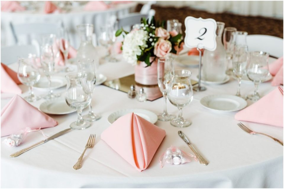 pink rose wedding reception table
