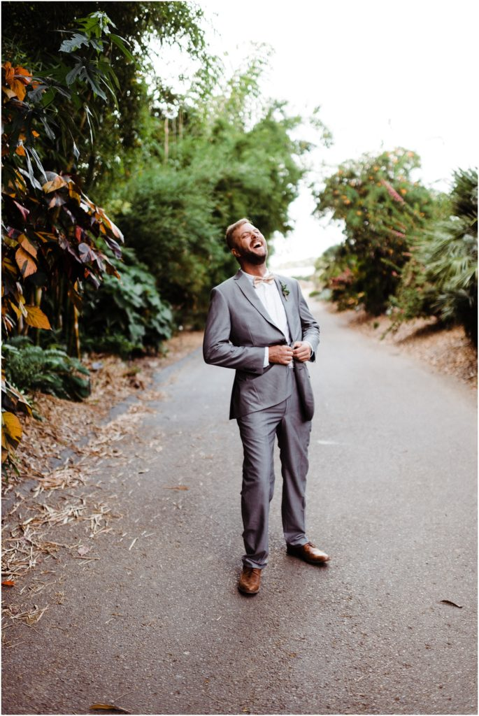 groom laughing hysterically