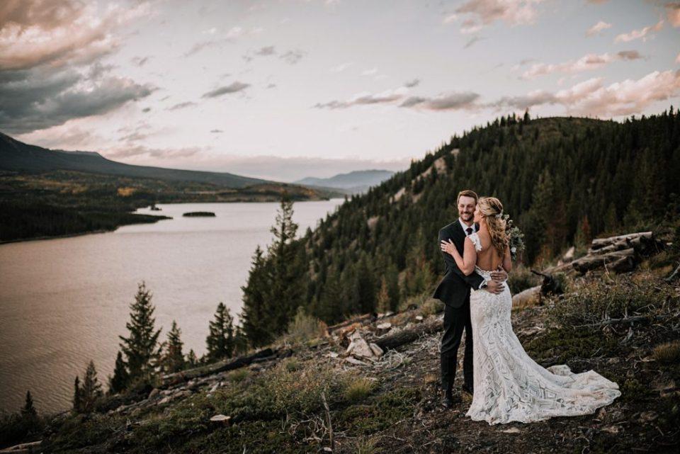 wedding photos near sapphire point in colorado