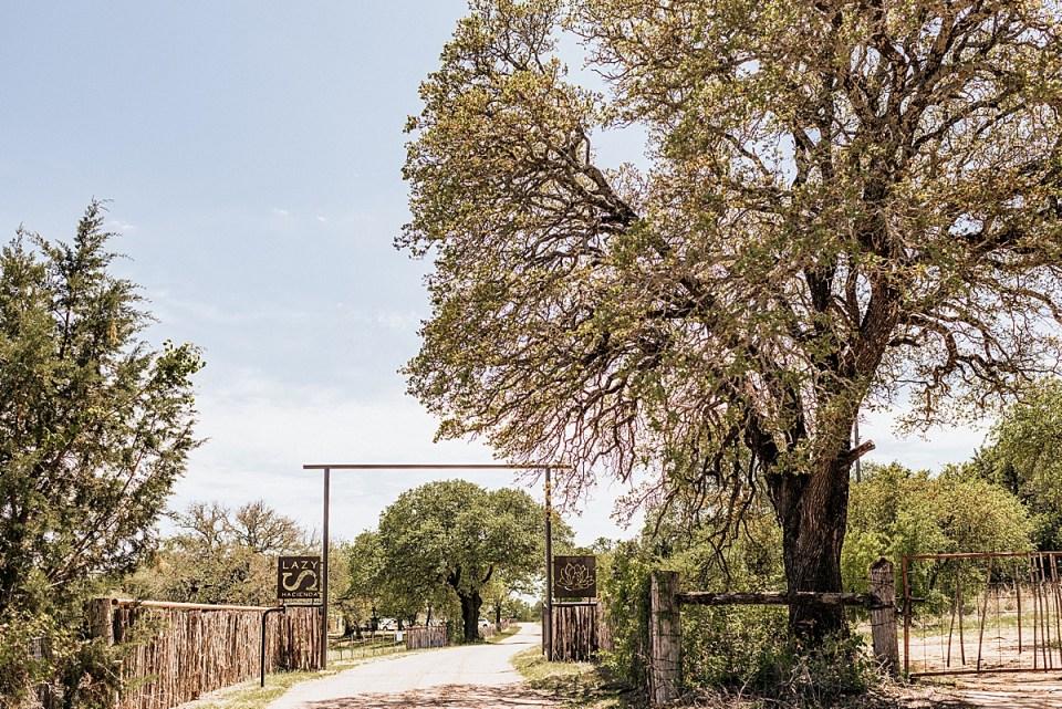 lazy s hacienda wedding venue weatherford texas