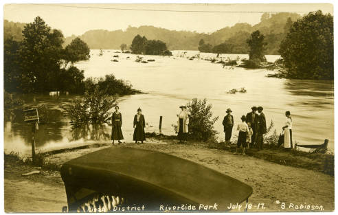 Flood at Riverside Park, 1916. Courtesy of North Carolina Postcards Collection, UNC Chapel Hill.