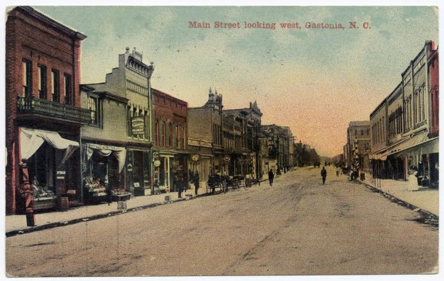 Gastonia NC: Main Street looking west, 1912. Barbour Collection of North Carolina Postcards, UNC Chapel Hill.