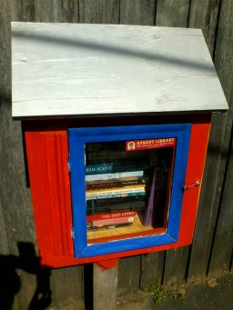 One street library