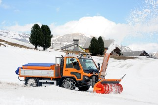 Aebi VT450 Vario Snowblower