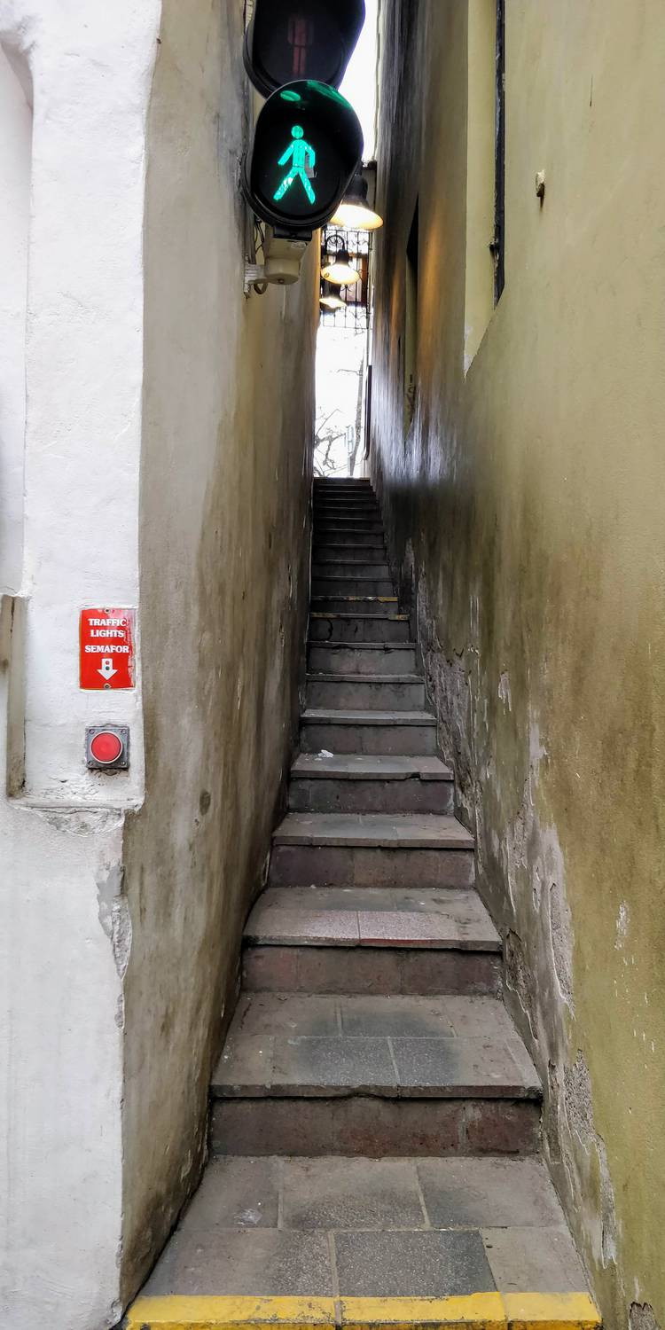 Narrowest street in Prague