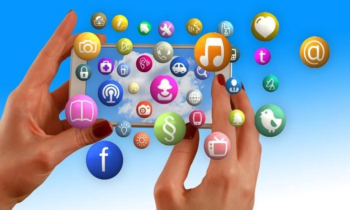 Social Media Marketing - ASH KNOWS