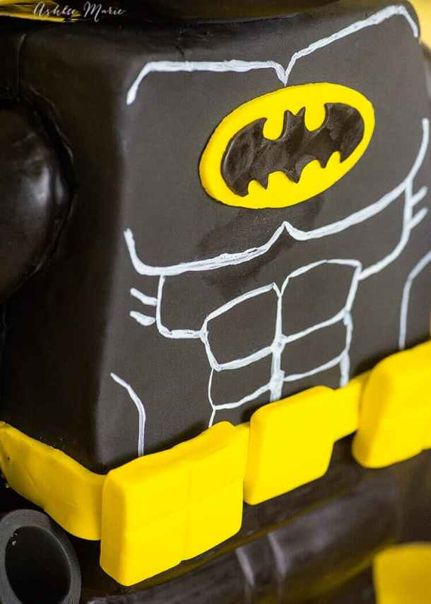 Check out the details of this standing Lego Batman cake! full video tutorial - make ANY Lego Character into a standing cake