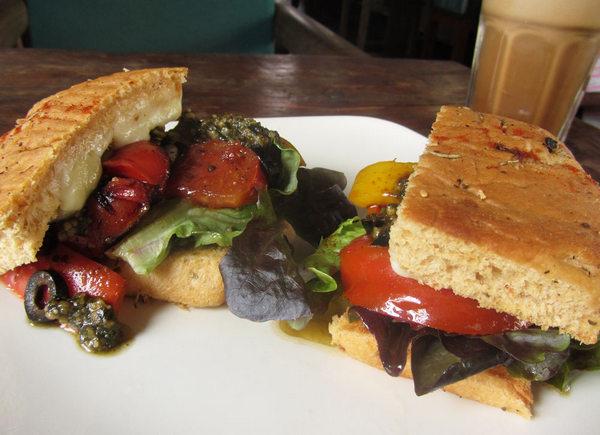 birds-nest-grilled-sandwich copy