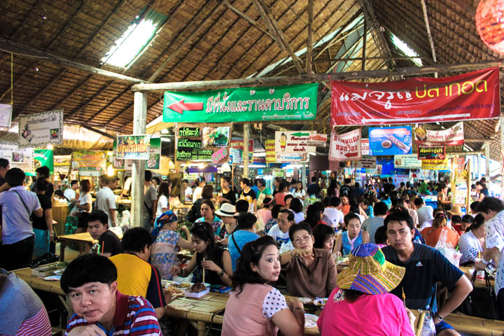 Khlong Lat Mayom_market