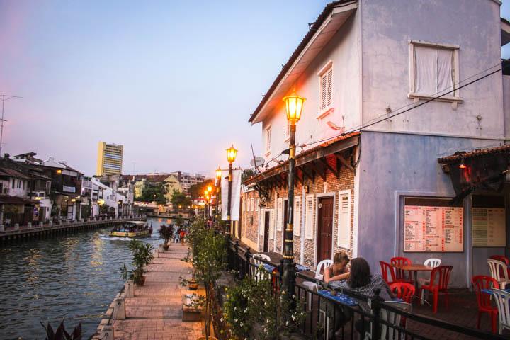 Melaka_Riverfront_Night