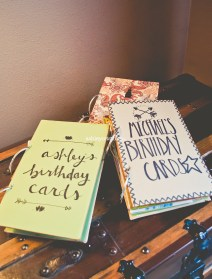 (http://ashleycrist.com/2014/04/30/diy-card-binder/)